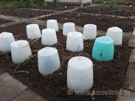 Garten Im Herbst Bearbeiten by Der Garten Im M 228 Rz 2014 Boden Bearbeiten Pflanzen Und