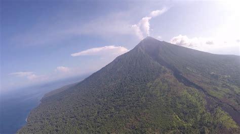 Manam Volcano, Papua New Guinea, October 2018 - YouTube