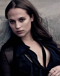 Alicia Vikander - Photo Shoot for Vanity Fair (2016)