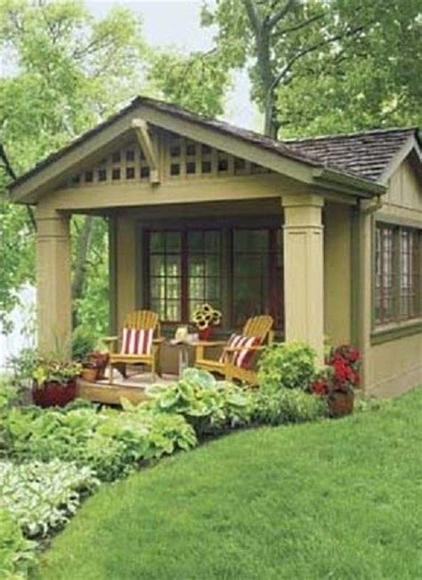 Backyard Of House by 17 Best Ideas About Backyard Guest Houses On