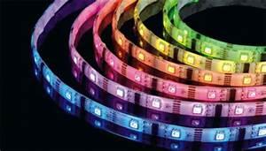 Bande Led Autocollante : bande led autocollante multicolore de 6m vente priv e ~ Edinachiropracticcenter.com Idées de Décoration
