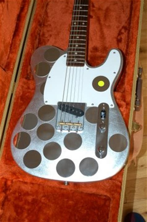 syd barretts mirrored esquire heres  fender