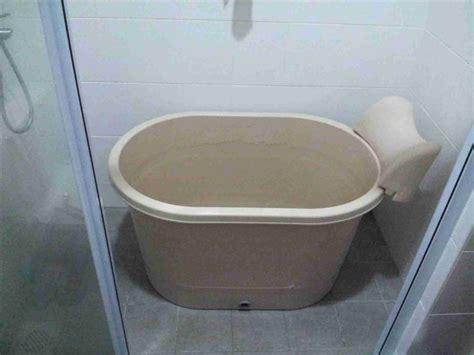 Toddler Tub For Shower Stall by Best 25 Portable Bathtub Ideas On Bathtub