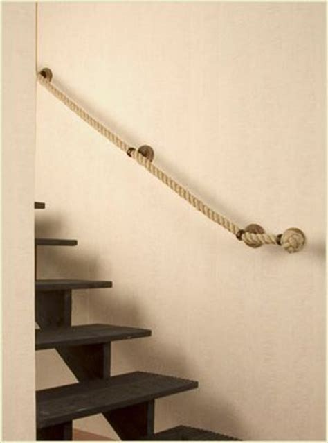 Treppe Handlauf Seil by Rope Handrail For Spacesaver Staircase Nautical