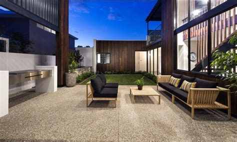 Ravishing Perth Residence Sports Sleek Design And A Sizzling Courtyard