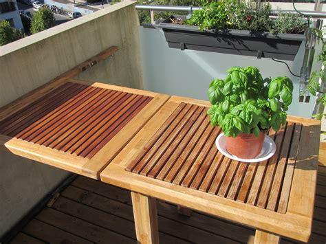 Teak & Oak balcony table, Genève   Woodhouse Carpentry Geneva