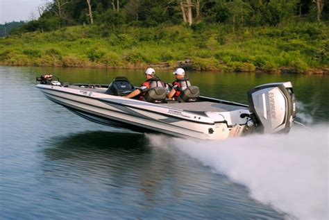Outboard Bass Boat Motors by New High Power Evinrude Outboard Built With Uw