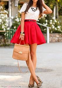 40 Valentine Outfits for Women