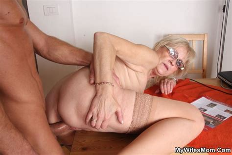 Horny Dude Seduces His Mother In Law To Dir Xxx Dessert Picture 11