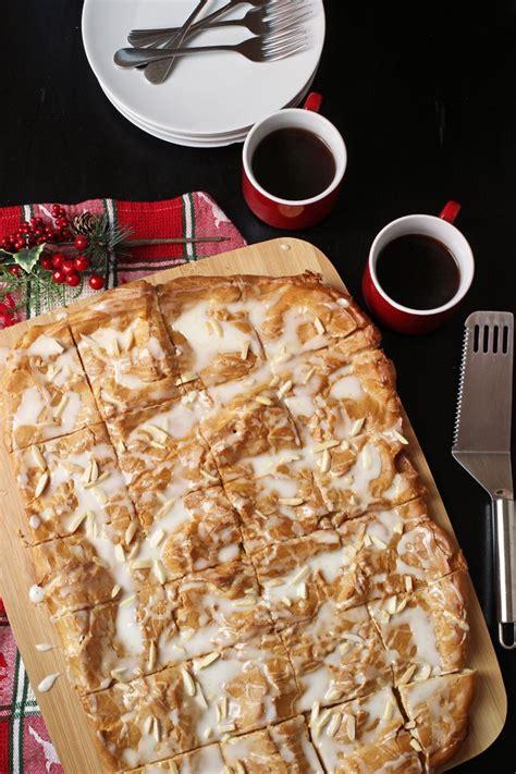 Norwegian cuisine norwegian food just desserts dessert recipes breakfast recipes nordic recipe swedish recipes norwegian recipes gastronomia. Oslo Kringle Recipe   Norwegian Dessert Recipe   Kringle   Recipe   Kringle recipe, Desserts ...