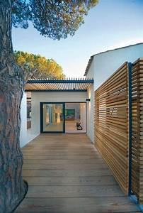architecture coste maison prestige 4jpg pergola bois With entree exterieur maison moderne 6 maison moderne avec une magnifique piscine interieure