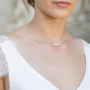 collier bijou de dos nu avec perles nacrees idees de With robe pour mariage cette combinaison collier prénom or