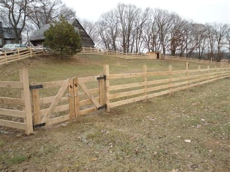 Best 25+ Horse Fencing Ideas On Pinterest