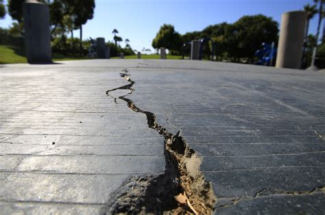 earthquake   beach scientists    temblor