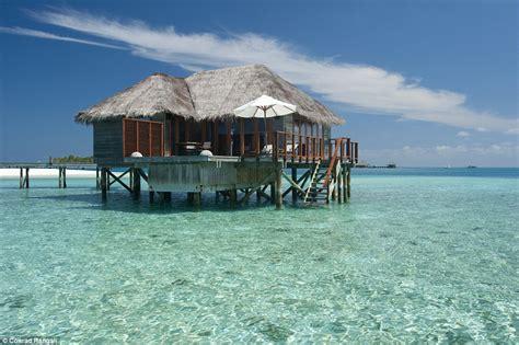 chambre sur pilotis maldives the 39 s most opulent overwater bungalow getaways