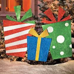 diy outdoor yard gifts plywood stakes and glitter paint holidays christmas pinterest