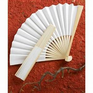 Papier Cadeau Blanc : petit ventail blanc en papier cadeau invit cadeaux invit s mariage creative emotions ~ Teatrodelosmanantiales.com Idées de Décoration
