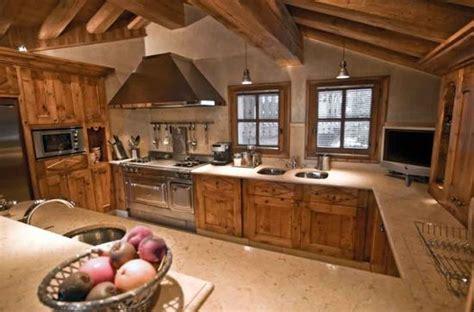 chambre de chalet moderne et traditionnelle cuisine de chalet