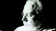 Ernest Hemingway - Author - Biography.com