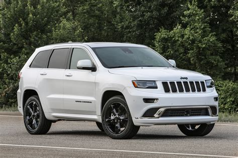 jeep cherokee 2016 jeep grand cherokee improves mpg adds engine stop start