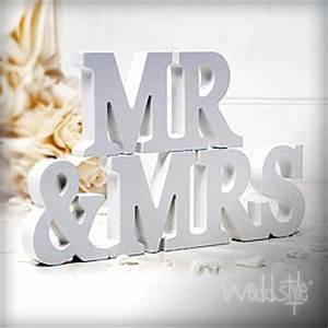 Mr Mrs Deko Buchstaben : buchstaben f r hochzeit deko weddstyle ~ Markanthonyermac.com Haus und Dekorationen