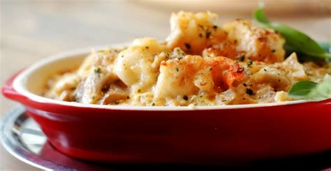 The textures and flavors combine, blending into the creamy. Creamy Seafood Casserole - It'll bring The Mermaid/Man Out ...