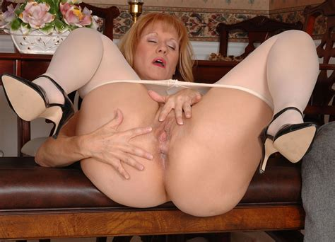 695054tif In Gallery Mature Pantyhose 3 Picture 4 Uploaded By Grafter69 On