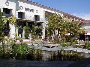 Blush And Pearls: Fashion Island, Newport Beach