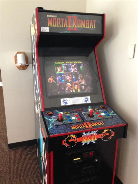 Mortal Kombat Arcade Machine Uk by Mortal Kombat Ii Arcade Machine Room Cave