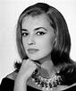 Portrait - Jeanne Moreau 1928-2017 - Pictures - CBS News
