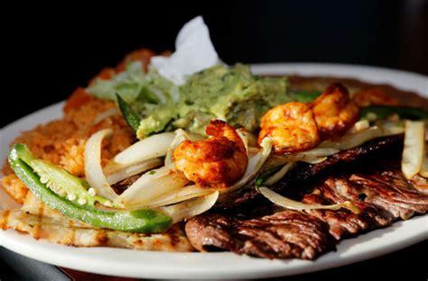new cielito lindo has ties to el chaparro dining