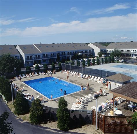 Book The Cove At Yarmouth  West Yarmouth Hotel Deals