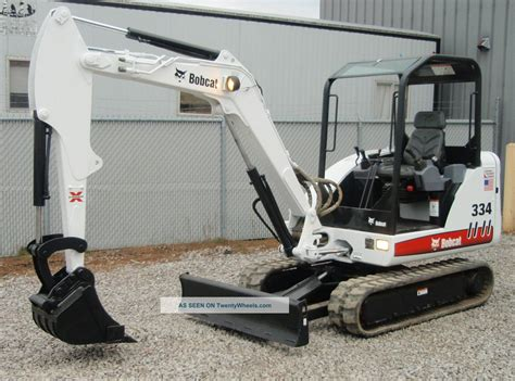 bobcat  compact mini excavator