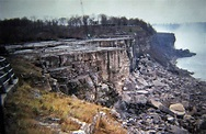 Niagara Falls without water, 1969 - Rare Historical Photos