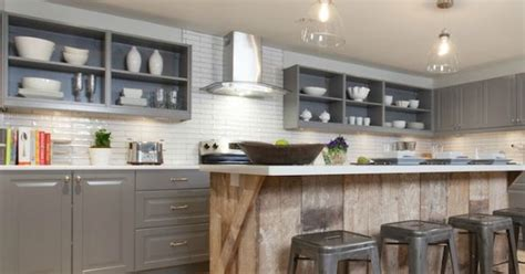 best way to update kitchen cabinets 10 cheap and cheerful ways to update your kitchen see 9250