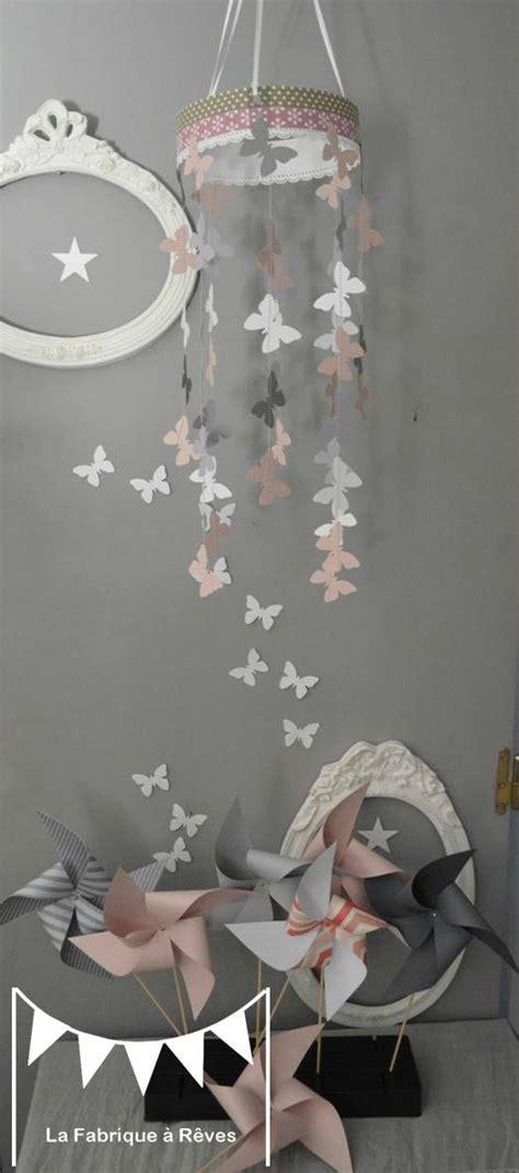 d馗oration papillon chambre dcoration papillon chambre fille 6 coussins coordonns entre eux avec des rubans pour former un joli tour decoration chambre fille et gris