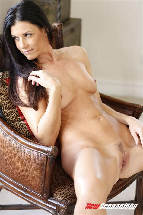 India Summer Is So Sexy And So Underrated Milf Sorted