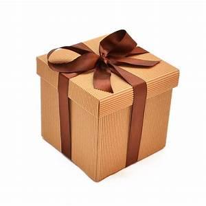 Caja de cartón corrugado con cinta El Regalador Ecuador