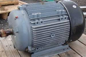 Brook Crompton Inc Motor 3 Phase 25 Hp 230  460v