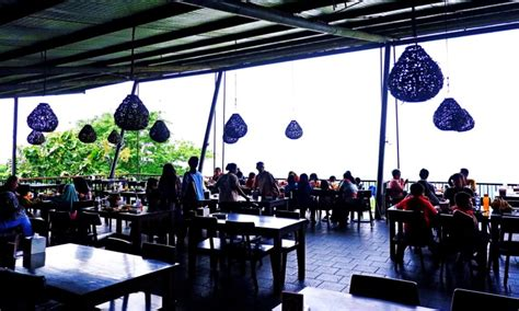 bukit gronggong tempat wisata romantis  kota cirebon