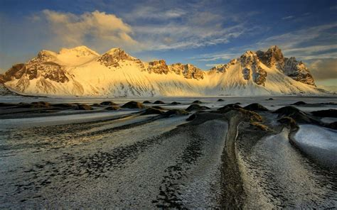 sunsire winter landscape mountain vestrahorn iceland