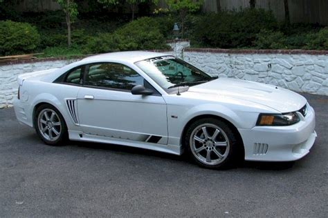 Oxford White 2001 Saleen S281 Ford Mustang Coupe