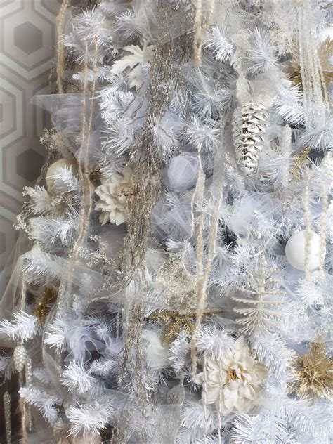 christmas white tree decorations white christmas tree decorating ideas easy crafts and homemade decorating gift ideas hgtv
