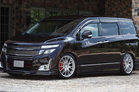 Modifikasi Nissan Elgrand pakai add on kit rowen nissan elgrand sukses til