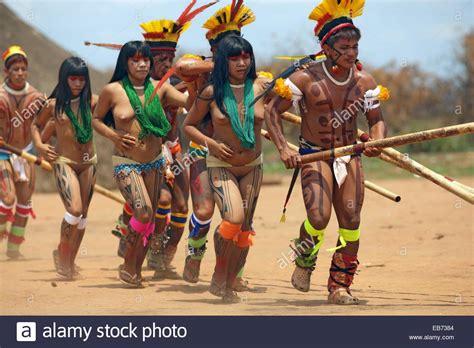 Kalapalo Indios, Mato Grosso, Brazil, South America Stock ...