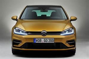 Volkswagen Golf Carat Exclusive : 2017 volkswagen golf facelift revealed with new exclusive pictures autocar ~ Medecine-chirurgie-esthetiques.com Avis de Voitures
