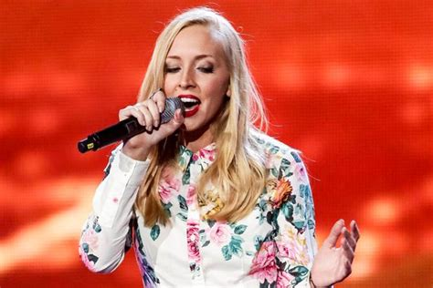 Lizzy Pattinson's pitchy performance leaves Simon Cowell ...