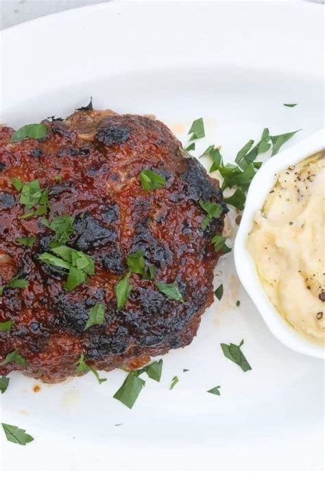 This meatloaf is perfect for a busy weeknight dinner because it can be prepared in minutes. Baking Meatloaf At 400 Degrees - Quick Meat Loaf Recipe ...