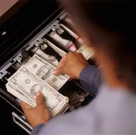 cashier deposits shortage policy  business