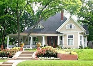 Haus Amerikanischer Stil : amerikanisches holzhaus bauen besonderheiten ~ Frokenaadalensverden.com Haus und Dekorationen